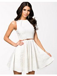 Flare dress Flare Dress, Fit And Flare, Dresser, White Dress, Dresses For Work, Stuff To Buy, Design, Fashion, Scale Model