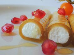 Cannelloni with Honey and Mató (Canelons de Mel i Mató via La cuina de casa)