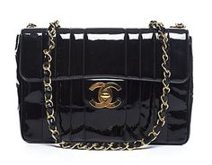 Chanel Pre-Owned Chanel Patent Vertical Stripe Jumbo Single Flap