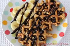 #Vegan gingerbread waffles from @goodstuffsharon using delicious blackstrap molasses which is packed full of iron.