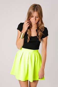 neon yellow mini skirt-whole outfit