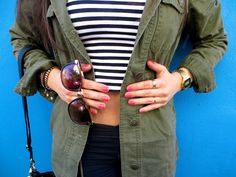 Stripes, khaki and gold jewellery http://cleopatramarco.blogspot.com/2013/07/toulouse.html