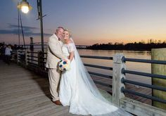 Happy Friday!! This beautiful 128 South wedding is new on the blog, link in profile.  •  •  •  •    #photography #weddingphotography #weddingphotographer #wedding #weddings #brides #weddingplanning #shesaidyes #128south #downtownwilmingtonnc #ilm #spreadthewilm #sunset #riverwalk #brideandgroom #inspiration #inspire #love #justwed #married #destinationwedding #canon #portraits #sunsetwedding  #weddingphotos