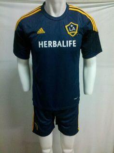 buy cheap soccer jerseys from China taobao agent.