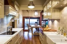 Burleigh Heads Hampton Style Kitchen - traditional - kitchen - brisbane - Interiors By Darren James