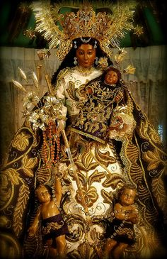 Mother Of Christ, Blessed Mother Mary, Divine Mother, Blessed Virgin Mary, Catholic Art, Religious Art, La Madone, Black Jesus, Manila