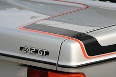 Volvo 242 GT by Alex Nunez, via Flickr  (1974–1993)