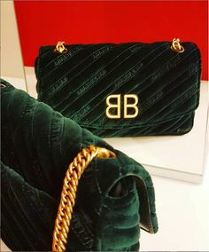 342fa0468d4 Labellov Shop designer cross-body bags ○ Buy and Sell Authentic Luxury