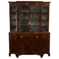 For Sale on - Century Georgian Mahogany Breakfront Bookcase with Glazed Doors. The two central glazed mullioned doors flanked by a pair of similar set-back doors Georgian Furniture, Antique Furniture, Dentil Moulding, Georgian Interiors, Modern Bookcase, Traditional Furniture, Single Doors, Panel Doors, Wooden Doors