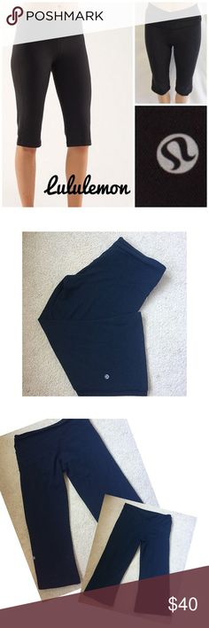 "Lululemon Astro Crop black pant 6 Black Luon Lululemon Astro Crop pants, gently worn but in great condition! Wide waist for slimming and wide leg. Tag torn out but measurements are a size 6. Flat waist is 14.5"", 10"" rise, & 20"" inseam. Make offer💖 lululemon athletica Pants Ankle & Cropped"