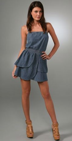 Dress for pear shaped bodies. Love the petal like skirt.