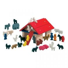 Cute Noah's Ark Blocks, with lots of play animals, of course! #habausa #oompatoys