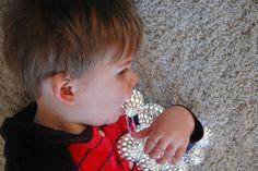 Guirlandes de lumières de Noël plutôt chic idéal pour photos Diamond Earrings, Engagement Rings, Chic, Photos, Fashion, Christmas Lights, Net Lights, Noel, Diamond Stud Earrings