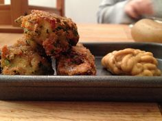 Fiskepinner Fish Sticks, Tapas, Asian, Chicken, Breakfast, Ethnic Recipes, Morning Coffee, Cubs