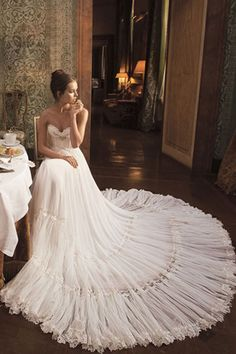 ibal dror wedding gown