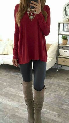Simple grey leggings outfit, outfit ideas with leggings, fall leggings, cute legging outfits Fashion Mode, Look Fashion, Winter Fashion, Womens Fashion, Fashion Trends, Teen Fashion, Latest Fashion, Fashion News, Fashionista Trends