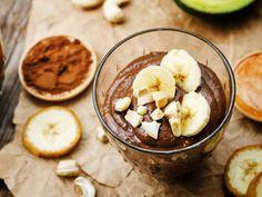 Lust auf einen gesunden Nachtisch? Dein Wunsch ist uns Befehl! Wie zeigen, wie du schnell einen Pudding ohne Extra-Zucker zubereitest.