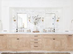 Bathroom Interior Design with Home Decor Accessories. Photography: Tessa Neustadt Bathroom Interior Design with Home Decor Accessories. Oak Bathroom, Modern Bathroom, Master Bathroom, Bathroom Ideas, White Bathroom, Minimalist Bathroom, Small Bathrooms, Bathroom Vanities, Modern Minimalist