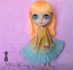 Dress dyeing and embroidery rococó for Blythe doll