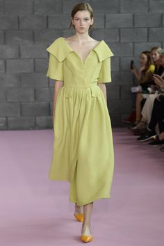 Emilia Wickstead Spring 2016 Ready-to-Wear Collection Photos - Vogue…