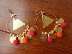 Boucles d'Oreilles Pompons ronds Orange Rose et Dorée : Boucles d'oreille par krea-sara