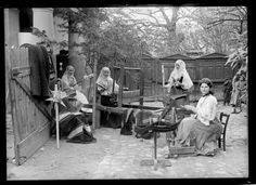 Romanian Women at looms. Spinning, etc, circa Photo by Charles Chusseau-Flaviens. Romanian Women, Eastman House, 20th Century Women, House Photography, Great Photographers, Loom Weaving, Vintage Pictures, Vintage Photographs, Hobbies And Crafts