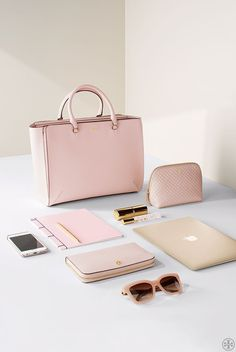 Everything Fits #TheRobinson   Tory Burch                                                                                                                                                                                 M�s