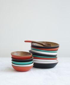 Botaneros de madera de Pajapan pintados a mano para ONORA+ Hand carved wooden bowls from Pajapan for ONORA