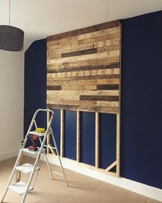 Headboard made from wooden pallets – Holz ideen Wooden pallet headboard table Wooden Pallet Furniture, Wooden Pallets, Wooden Diy, Diy Furniture, Pallet Wood, Furniture Stores, Furniture Design, Diy Pallet Wall, Luxury Furniture