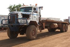 Oilfield bed truck, with Tulsa winch