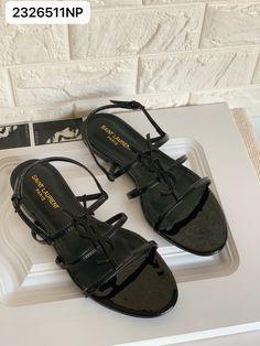 Ysl Saint Laurent Sandals flats black Ysl Sandals, Flat Sandals, Saint Laurent Shoes, Things To Buy, Stuff To Buy, Buy Buy, Walk This Way, Black Flats, Envy
