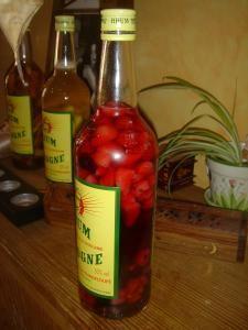 Rhum arrangé fruits rouge cannelle