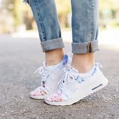 nike floral running shoes