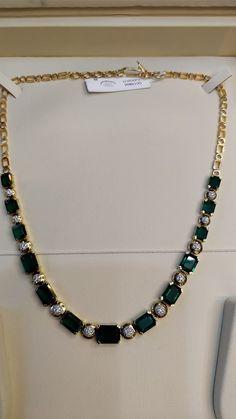 Simple emerald diamond necklace – boutiquedesignerjewellery.com