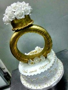 Lazurd Kuwait #proposal #engagement #arab #gulf #unitedarabemirates #uae #dubai #abudhabi #q8 #qatar #oman #kuwait #saudi #saudiarabia #ksa #afrah #zaffah #dazzah #daza #wedding #luxuryflowers #floralarrangements #bride #bridal #gifts