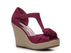 Spring Wedges - This one comes in a lot of cute colors :) by jacqueline