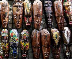 Imagen relacionada African Masks, African Art, Palm Frond Art, Wooden Pipe, Room Door Design, African Tribes, Soul Art, Masks Art, African Fabric
