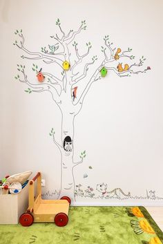 Beatka's Beautiful Birdhouse Toddler Room