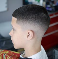 Very Good Mexican Fade Haircut - Whoever has dark curly Afro hair do definitely . Black Kids Haircuts, Boy Haircuts Short, Cool Boys Haircuts, Little Boy Hairstyles, Toddler Boy Haircuts, Haircuts For Men, Curly Hairstyles, Kids Fade Haircut, Army Haircut