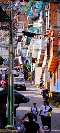 Steep Streets | Caracas | Visit photoblog: http://caracasshots.blogspot.com/2012/05/steep-streets.html