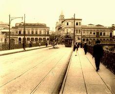 Viaduto do Chá - em direção à Praça do Patriarca, com a Igreja de Santo Antonio