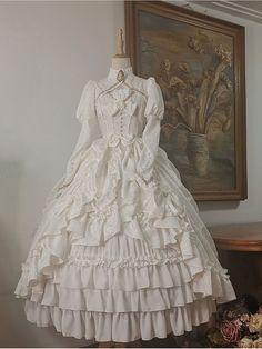 Pretty Outfits, Pretty Dresses, Beautiful Outfits, Kawaii Fashion, Lolita Fashion, Emo Fashion, Old Fashion Dresses, Maxi Dresses, Linen Dresses
