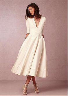 comprar Fabuloso tafetán y vestidos de novia de escote una línea V-cuello de raso de descuento en Dressilyme.com