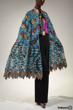 Black Fashion Designers opens Dec 6, 2016 at The Museum at FIT. / #BlackFashionDesigners / Duro Olowu, ensemble, Fall 2012, England. Gift of Duro Olowu, 2016.65.1. Photo: Eileen Costa.The Museum at FIT