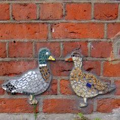 Mosaic ducks- this is so cool- like mosaic grafitti!