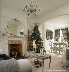 How I decorated our previous homes for Christmas - Day One | Natural Calico