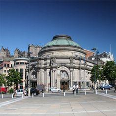 Usher Hall - Edinburgh Cool Places To Visit, Great Places, Places Ive Been, Visit Edinburgh, Scottish Actors, Uk Music, Scotland Travel, Athens, Design Elements