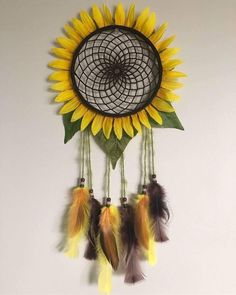 Dream Catcher Patterns, Dream Catcher Decor, Dream Catcher Boho, Making Dream Catchers, Homemade Dream Catchers, Dream Catcher For Kids, Crochet Dreamcatcher, Dreamcatcher Tutorial, Diy And Crafts