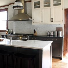 Eclectic Kitchen - transitional - kitchen - chicago