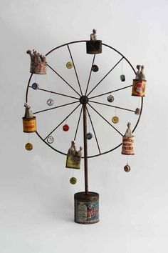 Assemblage Ferris Wheel by Gérard Cambon Antique Toys, Vintage Toys, Arte Assemblage, Found Object Art, Art Brut, Junk Art, Paperclay, Arte Popular, Outsider Art